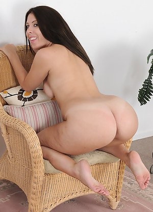 Free Mature Knees Porn Pictures