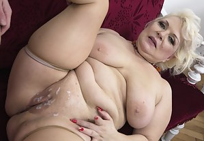 Free Cum on Mature Pussy Porn Pictures